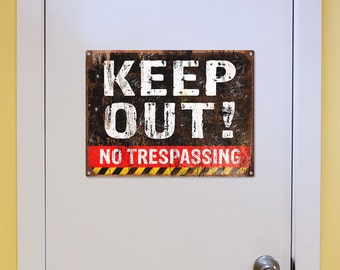 Keep Out No Trespassing Weathered Metal Sign - #57796