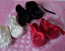 Vintage Cinderella doll shoes _ large dolls
