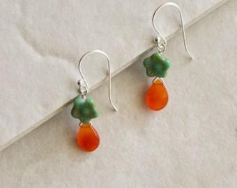 sterling silver carnelian and czech glass flower dangle earrings