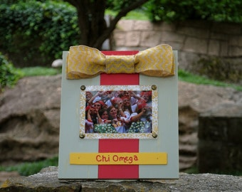 Chi Omega Large Bow Table Top Frame with Burlap Ribbon