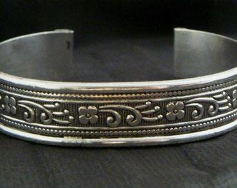 VINTAGE 925 Sterling SILVER Cuff BRACELET Floral Design