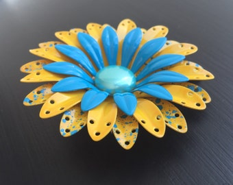 Vintage 1970's yellow and blue flower brooch
