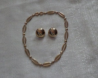 Sale Vintage Monet Gold Necklace and Monet Earrings, Monet Choker, Monet Clip on Earrings, Monet Necklace Set