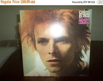 Save 30% Today 1972 Vinyl LP Record Space Oddity David Bowie Near Mint Condition 4725