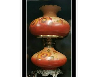 Antique Gone with the wind table lamp sunflowers