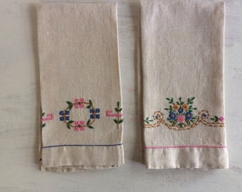 A Pair of Ecru Color Embroidered Linen Guest Hand Towels