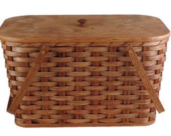Amish Handmade Large Picnic Basket With Inside Tray