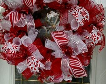 Christmas Wreath /  Christmas Deco Mesh Wreath / Deco Mesh Wreath / Christmas decor / Christmas