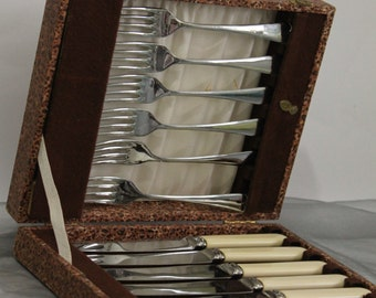 Set of 12 Butter Knives & Cake Forks  in Original Box c1950s Afternoon Tea Luxury.
