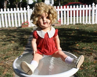 20 inch 1930s Composition Shirley Temple