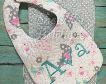 8x12 In The Hoop Stippling Bib and Burp Cloth design