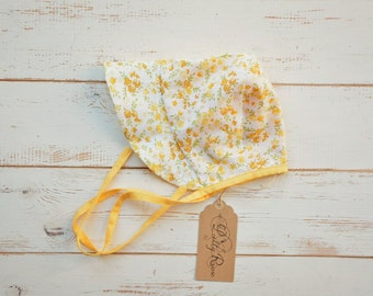 Girls Bonnet in Floral Pattern Yellow 2