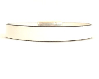 Lung Cancer Awareness Bracelet - 10mm Flat Leather Bracelet with Antique Silver Magnetic Clasp (10FA-108)