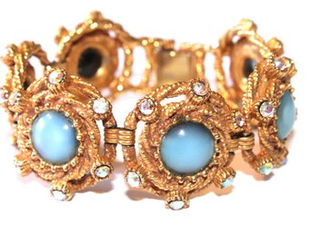 Vinatge Rhinestone Bracelet Aurora Borealis Blue Orbs Cabachon Book Chain Bracelet