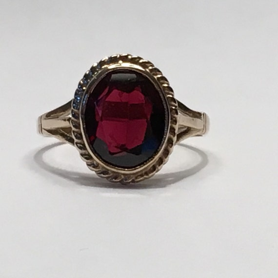 vintage garnet ring in 9k yellow gold unique engagement ring