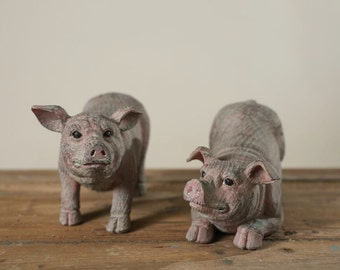 Set of Resin Pigs