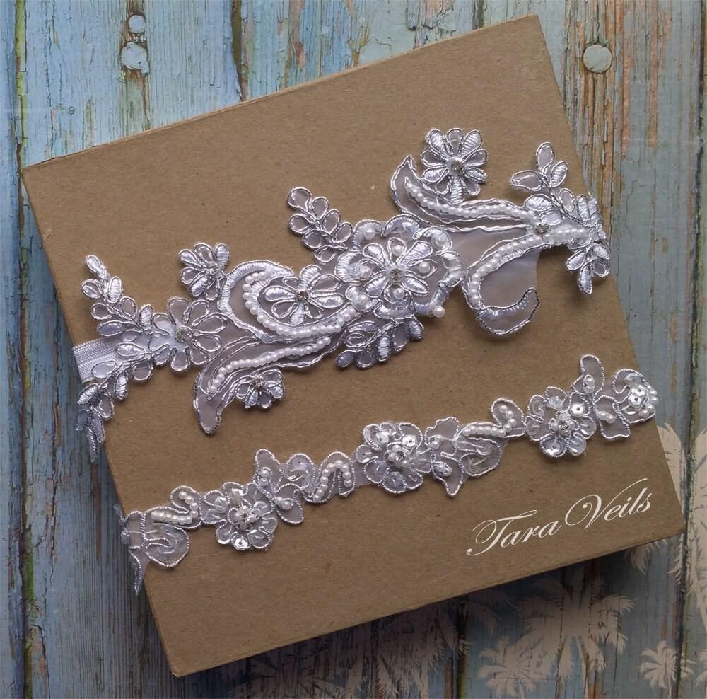White Wedding Garter: Wedding Garter SetWhite And Silver GarterRhinestone White
