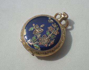 Antique Vintage 18ct Yellow Gold Enamel Diamond Ladies Fob Pocket Watch
