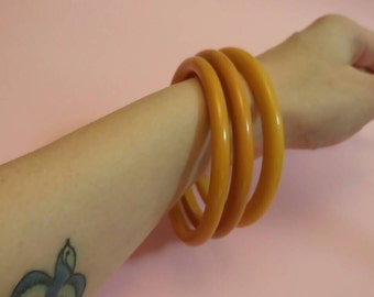 Vintage butterscotch Bakelite bangles spacers 1940's set of three