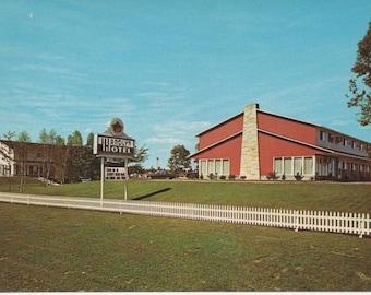 Wandlyn Inn, Fredericton, New Brunswick, Canada, Unused Postcard,  fair shape, c1970s