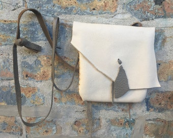 bone colored leather shoulder purse