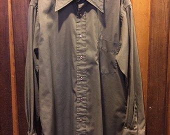 DE VONO'S // Single Needle Tailored Brown Button Down