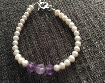 Freshwater pearl bracelet carved amethyst heart beads and sterling silver heart clasp