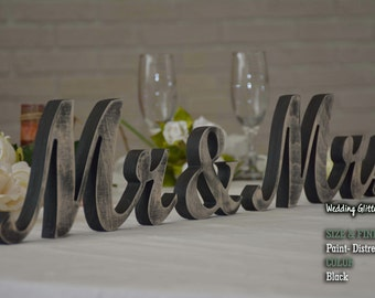 Distressed Mr and Mrs Wedding Signs, Mr & Mrs Wood Wedding Decoration, Navy Blue Wedding Decor