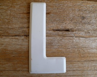 """White Metal Letter """"L"""" Wall Decor Sign"""