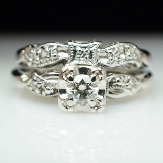 Stunning Delicate Engagement Ring 1940s Art Deco Ring Vintage