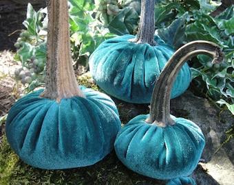 Handmade Plush Ivy Green velvet pumpkin with real dried stems. Velvet acorns with real acorn caps.