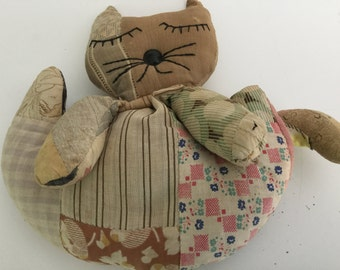 Vintage fabric scrap beanbag kitty cat embroidered face button nose