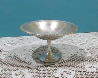 Silver Plated Round Pedestal Dish ~ RM A Rogers ~ Candy Pedestal Dish ~ Silver Compote with Twisted Rope Edge ~ Nut Serving Dish