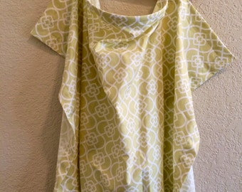 Nursing Cover - Light Green Damask