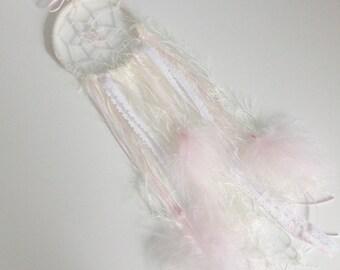 Dreamy Dream catcher (pink & cream mix)