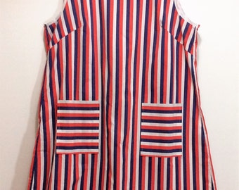 vintage full apron duster striped red blue white with two pockets made in U.K 1970s