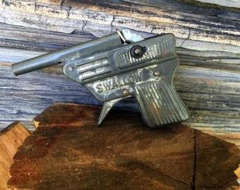 Repeater Cap Gun Swallow 1950s