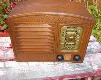 Vintage 1939 Emerson AM Tube Radio Model DB327 Restored and Working!