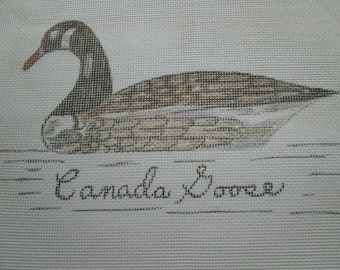 CANADA GOOSE  Hand Painted 12 CT Mono Canvas