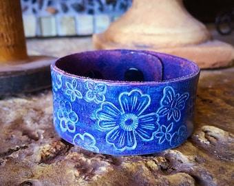 Fun Purple Tooled Leather Bracelet- Flowers Glazed in Creamy White