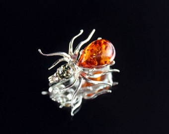 "Sterling Silver brooch ""spider"" with genuine Baltic amber"