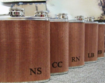 Set of 1 Groomsmen Gift Flask, Best Man, Father of Bride, Father of Groom, Usher, Master of Ceremonies, Groom