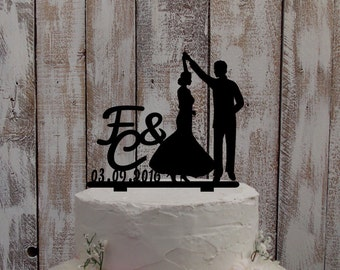 "Wedding Cake Topper ""Dancing Couple"""