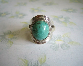 Sterling Silver & Green Turquoise Ring