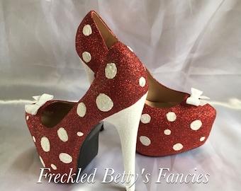burlesque, pinup, polkadot red glitter heels