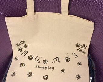 Hand drawn daisy pattern Mum's Shopping eco-friendly canvas tote bag with long handles Mother's Day Christmas Mum gifts