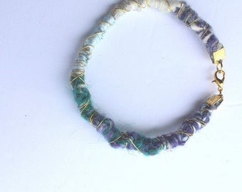 """Bracelet """"Stéphanie knows better"""" wool, rope and metal / """"Stephanie knows better"""" wool, rope and metal bracelet"""