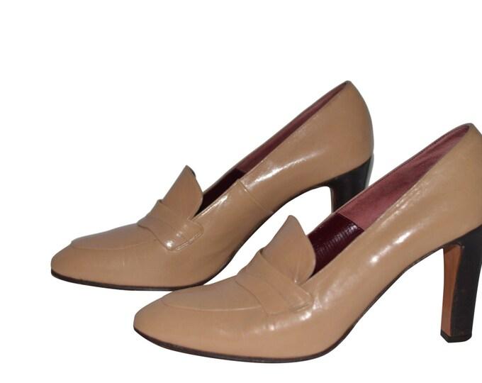 Anne Klein Vintage Estate Tan Leather Loafer Pump Size 7