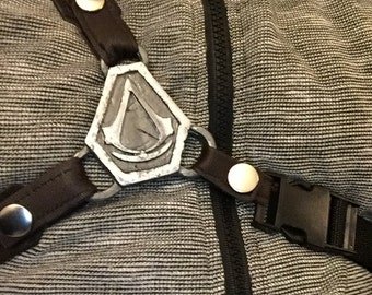 AC Syndicate Inspired Tri-holster Centerpiece Replica