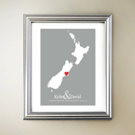 New Zealand Custom Vertical Heart Map Art - Personalized names ...